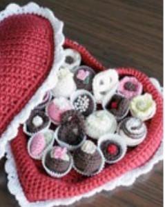 CAL_crochet_boîte_coeur_pralines