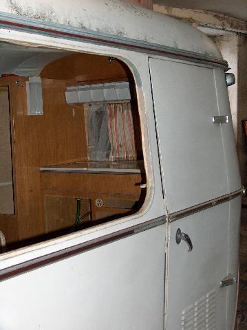 Restauration de notre puck 1966 for Joint vitre fenetre
