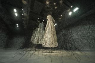 Chiharu Shiota   dans Artistes dsc_9511