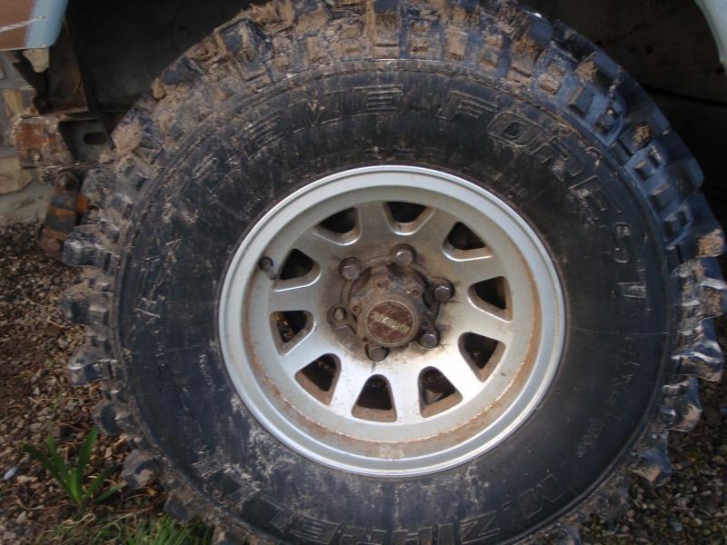 pneu 15 pouces pneu de 15 pouces pour maxi scooter pneu hiver nankang sv 2 winter 185 55 r15. Black Bedroom Furniture Sets. Home Design Ideas