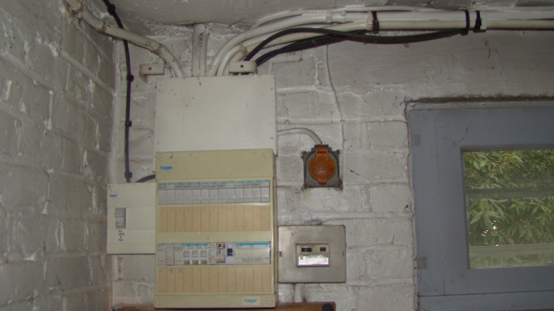 Conseil tableau electrique triphas for Garage de la riviera villeneuve d ascq