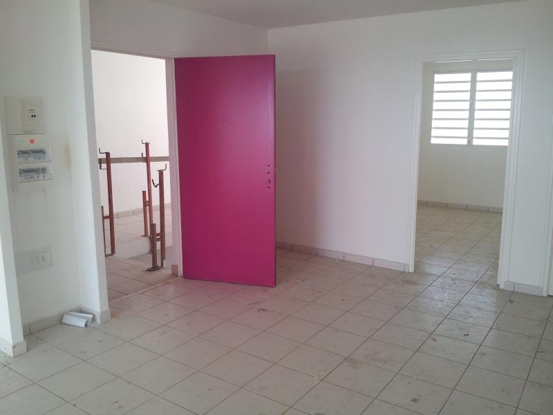 quelle couleur de mur avec ce papier peint l unique forum d coration int rieure. Black Bedroom Furniture Sets. Home Design Ideas